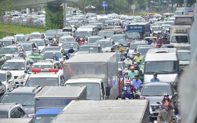 Quy định cấm xe tải nội thành hcm tránh ùn tắc giờ cao điểm